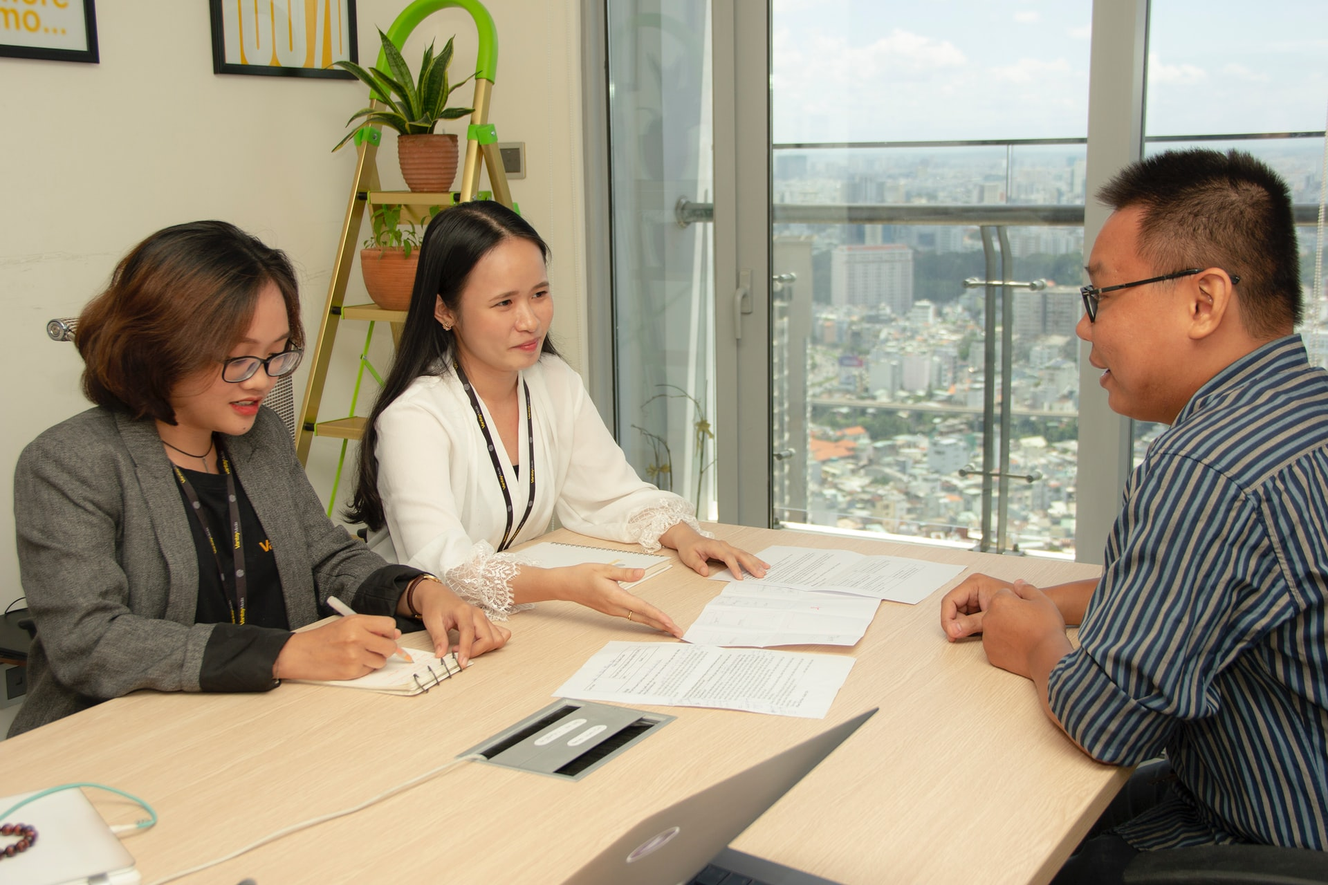 How to Hire Candidates to Ensure the Best Fit with Your Team