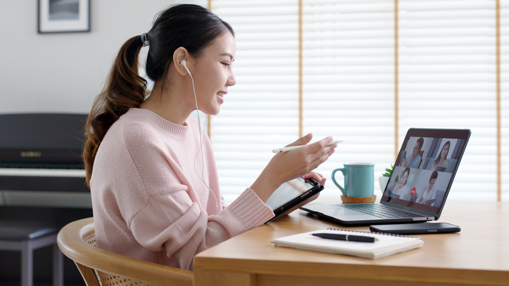 Essential Tips to Help Manage Remote Staff